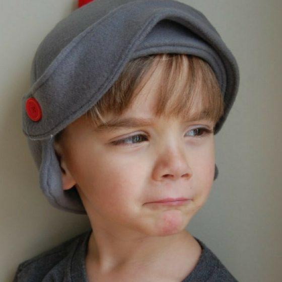 Ritterhelm Faschingskostüm kostenloses Schnittmuster Ritterkostüm Kostüm Kinder Nähen für Fasching