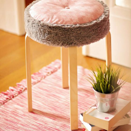 Hocker-Sitzkissen Ikea-Hack Kissen kostenloses Schnittmuster Gratis-Nähanleitung