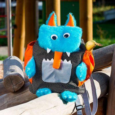 Monsterrucksack-Kinderrucksack-Kindergartentasche-nähen-Nähen-für-Kinder-kostenlose-Schnittmuster-Gratis-Nähanleitung