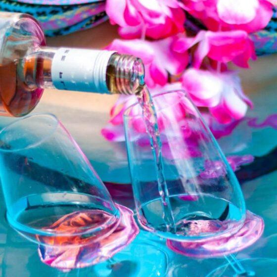 Schwimmende Weinglashalter Nähen für den Pool Nähen für den Urlaub kostenlose Schnittmuster Gratis-Nähanleitung