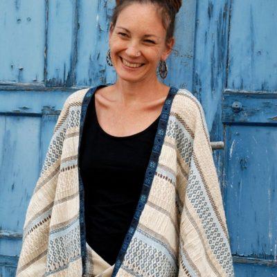 Easy Cape Jacke Überwurf bequem Nähen für Frauen kostenlose Schnittmuster Gratis-Nähanleitung
