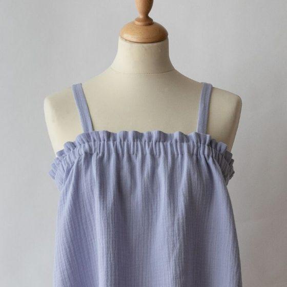 Luftiges Sommertop Oberteil Trägerhemdchen Sommerkleidung für Nähanfänger kostenlose Schnittmuster Gratis-Nähanleitung