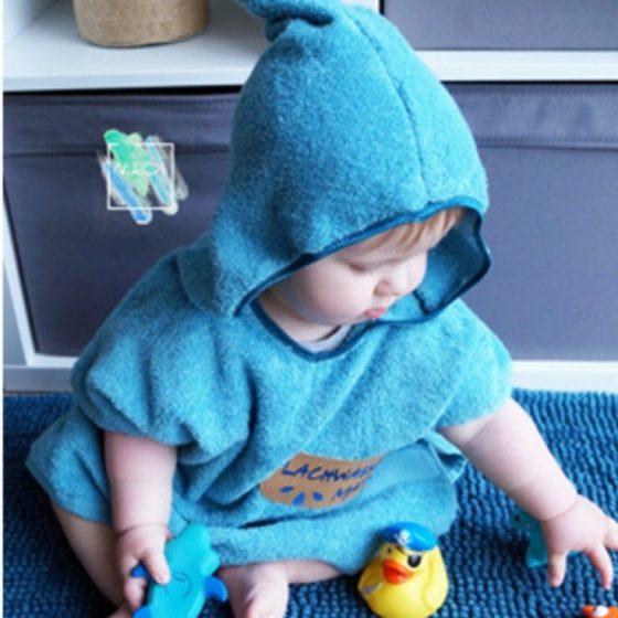 Kapuzenhandtuch Poncho Nähen für Kinder Kleinkinder Babies kostenlose Schnittmuster Gratis-Nähanleitung