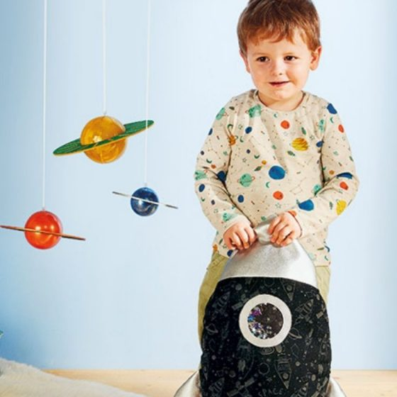 Raketenkissen Weltraum zum Mond Astronaut Kinderzimmer kuschelecke fuer jungs rakete kostenlose schnittmuster gratis naehanleitung