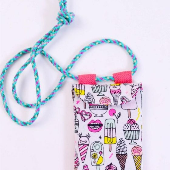Handy bag handy tasche smartphone brustbeutel fuer kinder kostenlose schnittmuster gratis naehanleitung